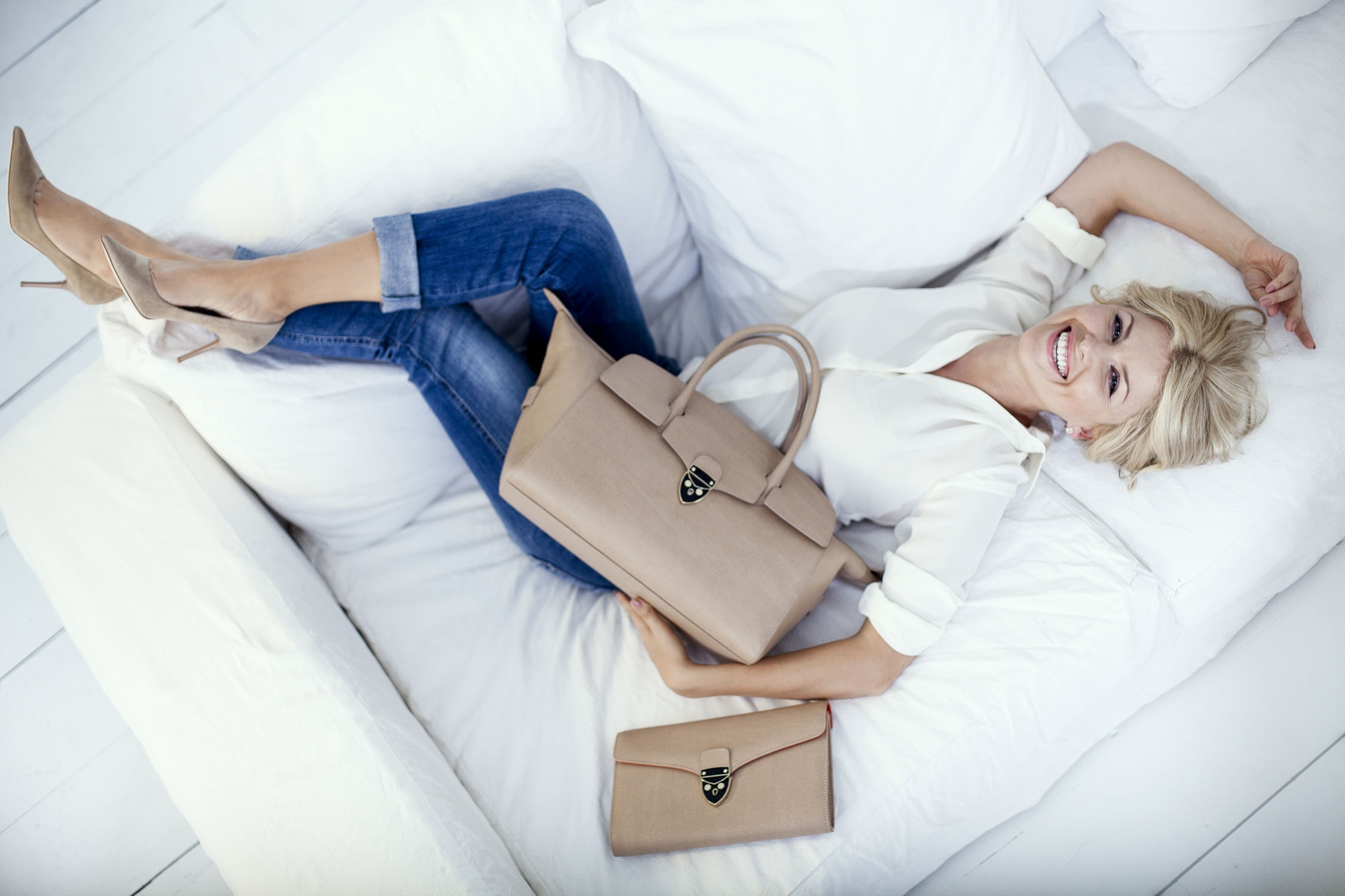 Read more about the article BRANDS: LUXURY, ENGLISH QUALITY AND STYLE